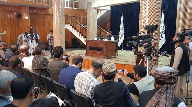 Taliban bakan yardımcılarının listesini açıkladı: Kabinede hiç kadın yok!
