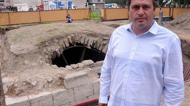 Kayseri'de heyecanlandıran keşif! 8 asırlık mezarlıkta ortaya çıktı