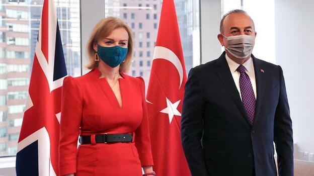 Dışişleri Bakanı Çavuşoğlu, İngiliz mevkidaşı ile görüştü