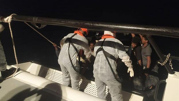 Türk kara sularına geri itilen 158 kişi kurtarıldı
