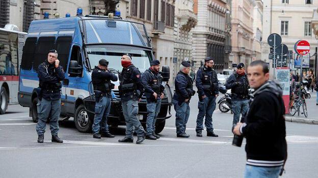 İtalya'da mafya, 'şiddetten uzaklaşarak beyaz yakalı işlere giriyor'