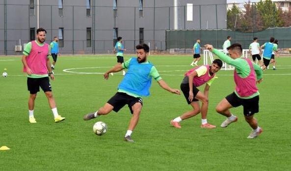 Aliağaspor FK'da tempo arttı