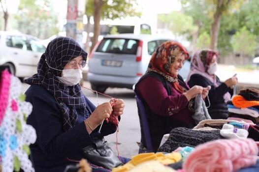 Hanımeli Pazarı, kadınların kazanç kapısı oldu