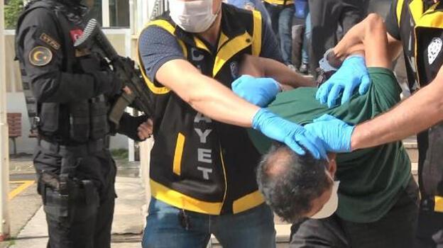 Polisi şehit edip, 2 kişiyi öldüren sanığa 1'i ağırlaştırılmış 3kez müebbet