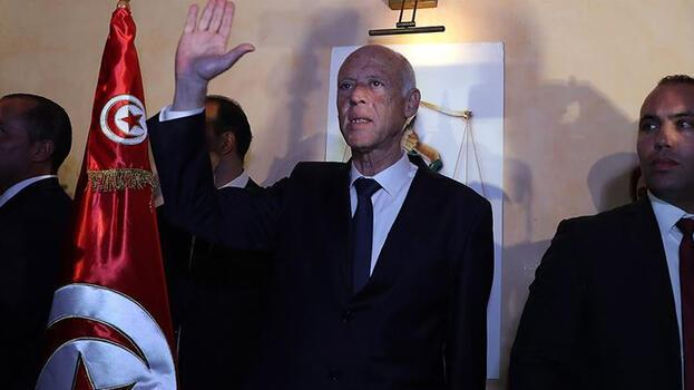 Tunus Cumhurbaşkanı Said yasama yetkisini kendisine devretti