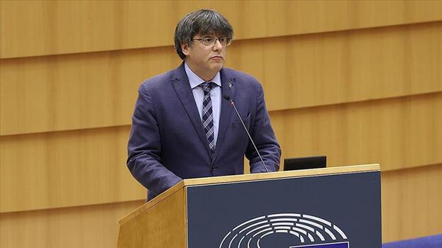 Son dakika: Dokunulmazlığı kaldırılmıştı! Katalan siyasetçi İtalya'da gözaltına alındı