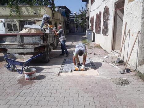 Akdeniz Belediyesi fen işleri ekipleri çalışmalarını sürdürüyor