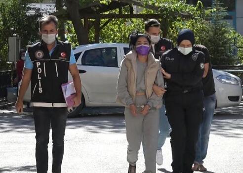 Afyon'da suçüstü yakalanan uyuşturucu satıcıları adliyede