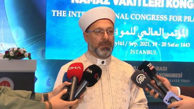 Diyanet İşleri Başkanı Erbaş Uluslararası Namaz Vakitleri Kongresi açılış programına katıldı