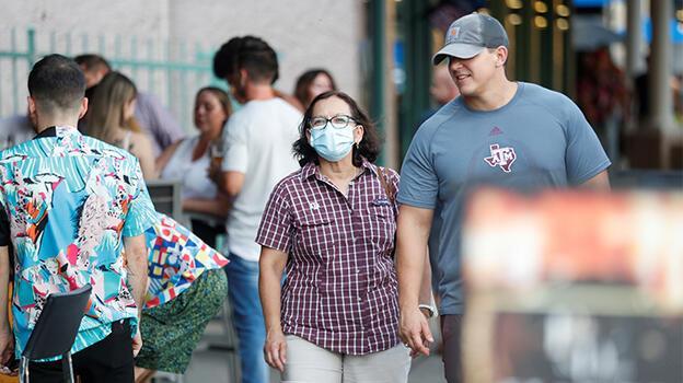 ABD'de koronavirüs sebebiyle 687 bin 752 kişi hayatını kaybetti