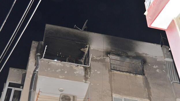 Evin içinde yanmaktan mahalle bekçileri son anda kurtardı