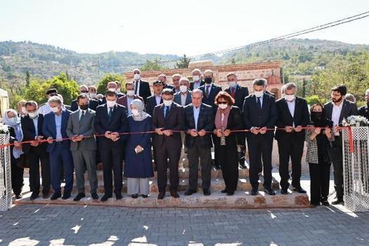 Tokat'ta geleneksel malzemeler ile yapılan namazgahhizmete açıldı