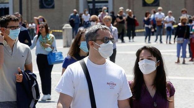 İtalya'da koronavirüs hasta sayısı 100 binin altına indi