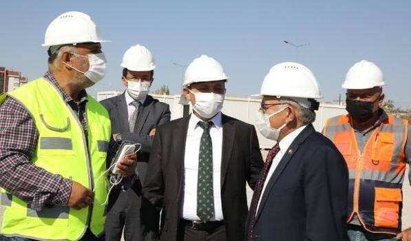 ERÜ'de yapımı devam eden yurt inşaatında inceleme