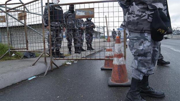 Ekvador'da cezaevinde çeteler çatıştı! Çok sayıda ölü ve yaralı var