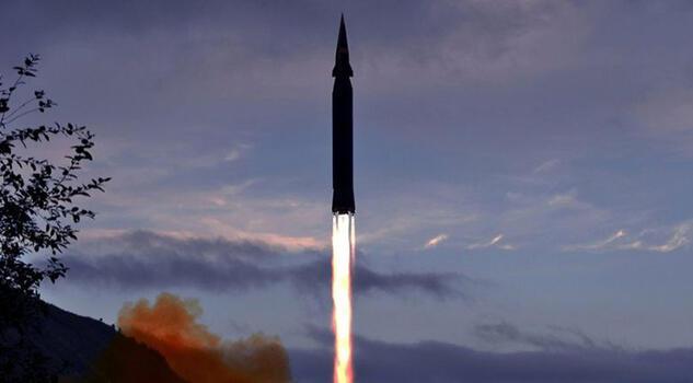 Kuzey Kore yeni tip hipersonik füze denemesi gerçekleştirdiğini duyurdu