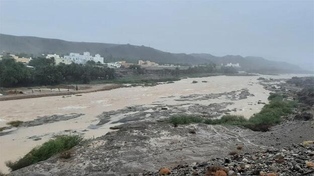 Umman'daki tropik kasırgada 3 kişi hayatını kaybetti
