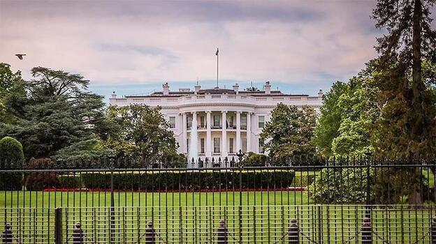 Beyaz Saraydan sosyal medya şirketleri hakkında federal düzenleme sinyali