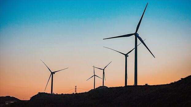 'İklim değişikliğini önlemek için temiz enerji yatırımları 3 katına çıkmalı'