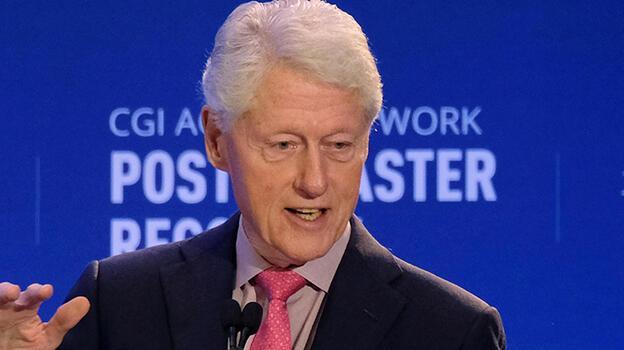 Son dakika: Eski ABD Başkanı Clinton hastaneye kaldırıldı