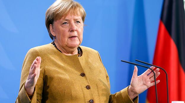 Merkel yarın Türkiye'ye geliyor!