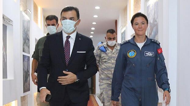TSK'nın ilk kadın filo komutanı Antalya Hava Meydan Komutanı oldu