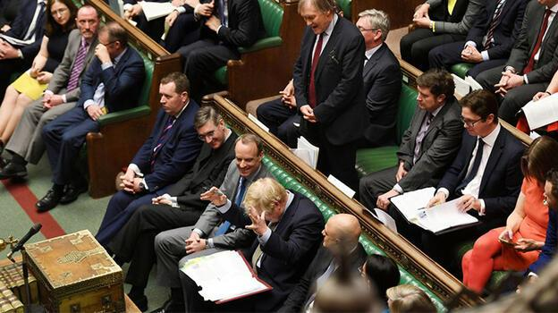 Son dakika... İngiltere şokta! Milletvekili defalarca bıçaklandı