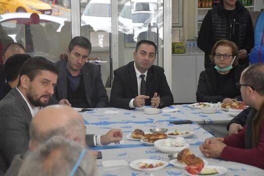 Biga Belediye Başkanı Erdoğan, esnaf ve vatandaşlarla bir araya geldi