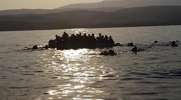 İspanya'da göçmenleri taşıyan tekne battı: 4 ölü, 21 kayıp