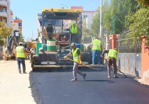 Toroslar'da yollar asfaltlanıyor