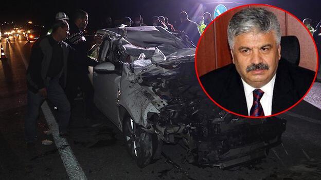 Emekli emniyet müdürü ve oğlu, kazada hayatını kaybetti