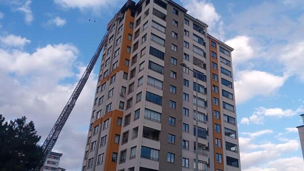 Son dakika... Kayseri'de 13 katlı apartmanda yangın!