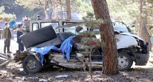 Son dakika! 5 öğrencinin öldüğü kaza sonrası ilçe milli eğitim ile okul müdürü görevden alındı
