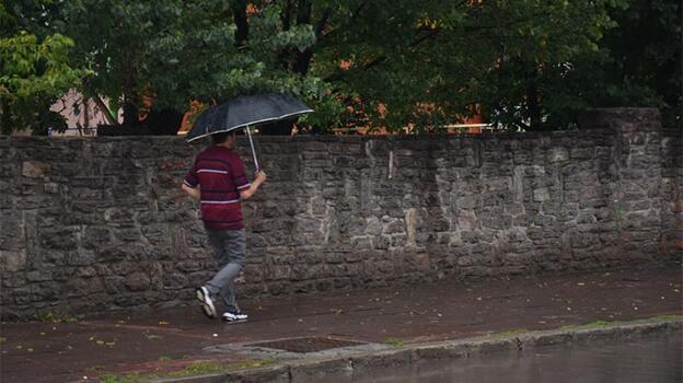 Son dakika: Meteoroloji uyardı! Kuvvetli yağış, fırtına, yıldırım...
