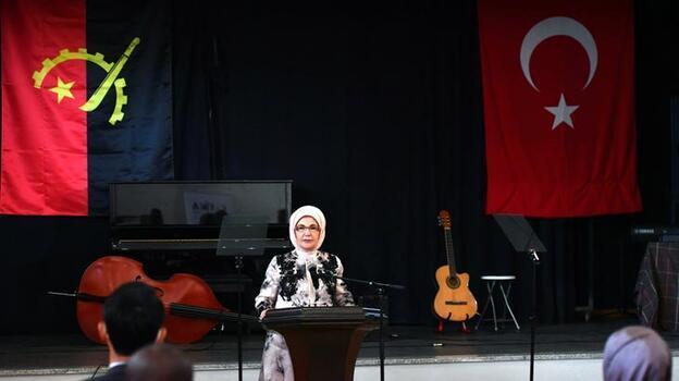 Emine Erdoğan: Aydınlık geleceğe en önemli katkıdır