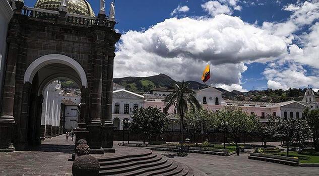 Ekvador kan gölüne döndü, OHAL ilan edildi