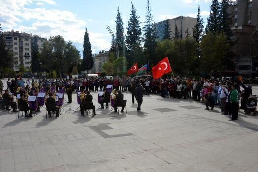 Kahramanmaraş'ta askeri bandodan Sakarya konseri