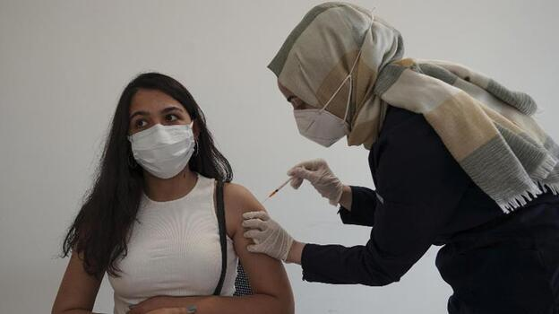 Son dakika: 19 Ekim 2021 koronavirüs tablosu ve aşı haritası belli oldu! Vakalar...