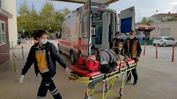 İnegöl'de, geri manevra yapan aracın çarpmasıyla yaralandı