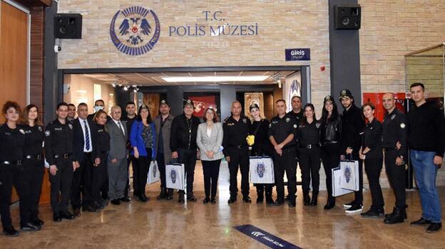 Arka Sokaklar'ın polisleri Polis Müzesi'ni ziyareti etti