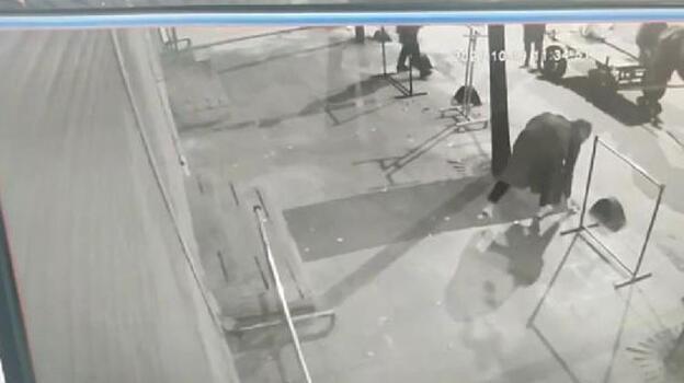 İstanbul'da pes dedirten hırsızlık! At arabasıyla geldiler