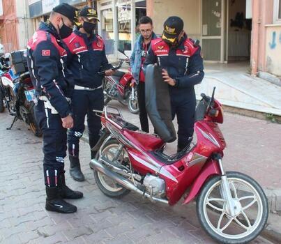 Alaşehir'de motosikletlilere denetimlerde ceza yağdı