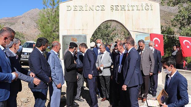 Siirt'te teröristlerin katlettiği 13'ü çocuk 22 vatandaş törenle anıldı