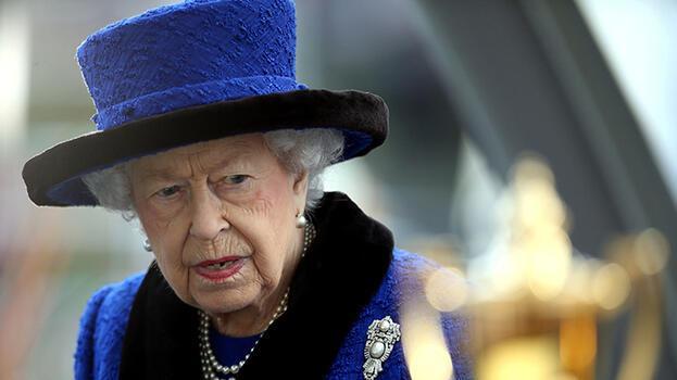 Son dakika: Buckingham Sarayı'ndan Kraliçe Elizabeth açıklaması! Hastanelik oldu