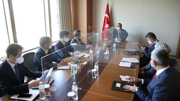 Bakan Çavuşoğlu, SK E&C ve Daelim şirketlerinin yöneticileriyle görüştü