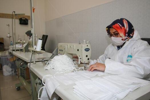 Hacılar Belediyesi 1 milyon maske üretip, ücretsiz dağıttı