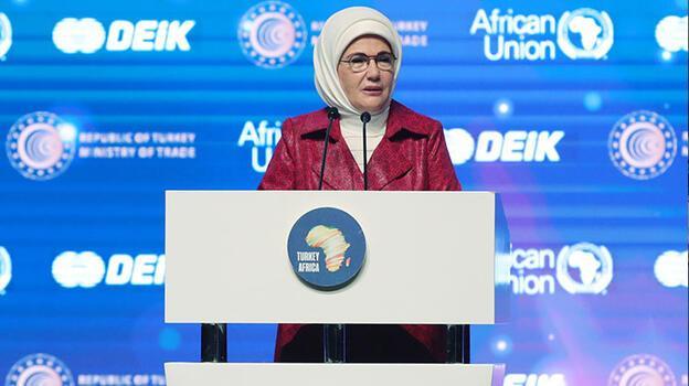 Emine Erdoğan: Afrika seyahatlerinde kadınların kahraman olduğunu fark ettim