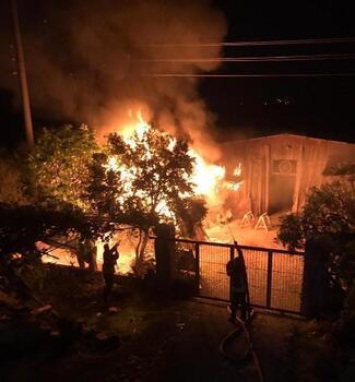 Datça'da kereste deposunda yangın
