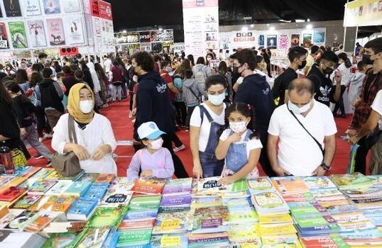 Antalyalı yazarlar okuyucularıyla buluşuyor
