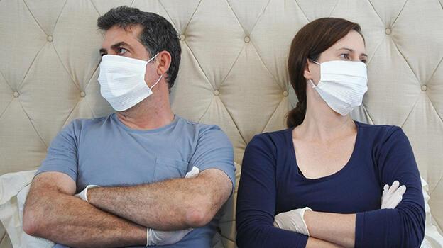 Koronavirüs ilişkileri de vurdu! Cinsel yaşamda dikkat çeken değişim